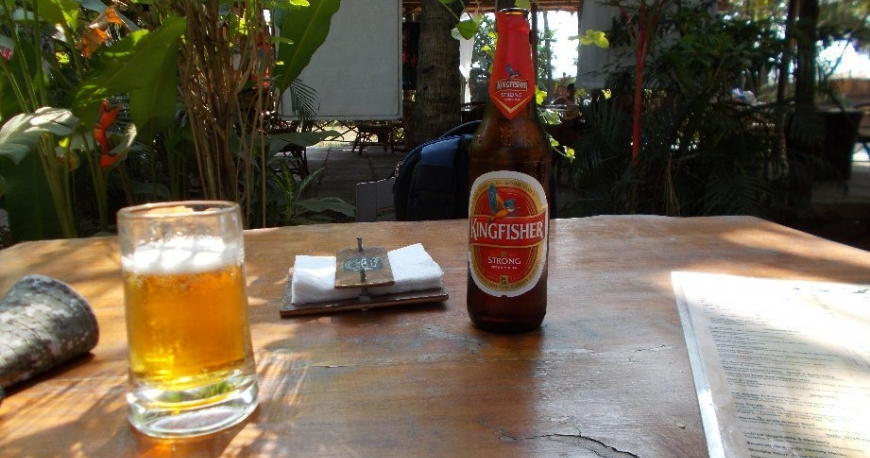 image of kingfisher beer bottle